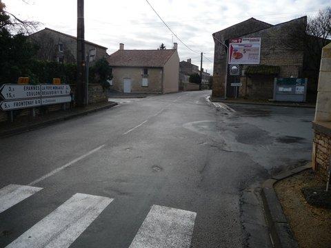 Carrefour rue Saint Louis - rue du Moulin - rue de la Ganterie